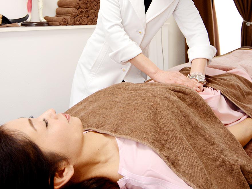 ボヌールツリーの便秘、痔の鍼灸施術